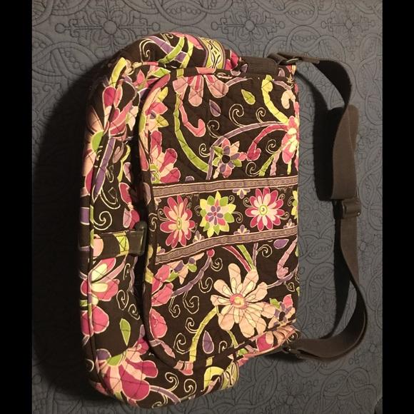 Vera Bradley Handbags - Vera Bradley shoulder bag